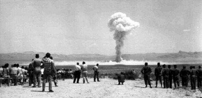 Séminaire A. R. Cooper – La mesure des essais nucléaires français au Sahara : diplomatie, coopérations, et tensions transnationales